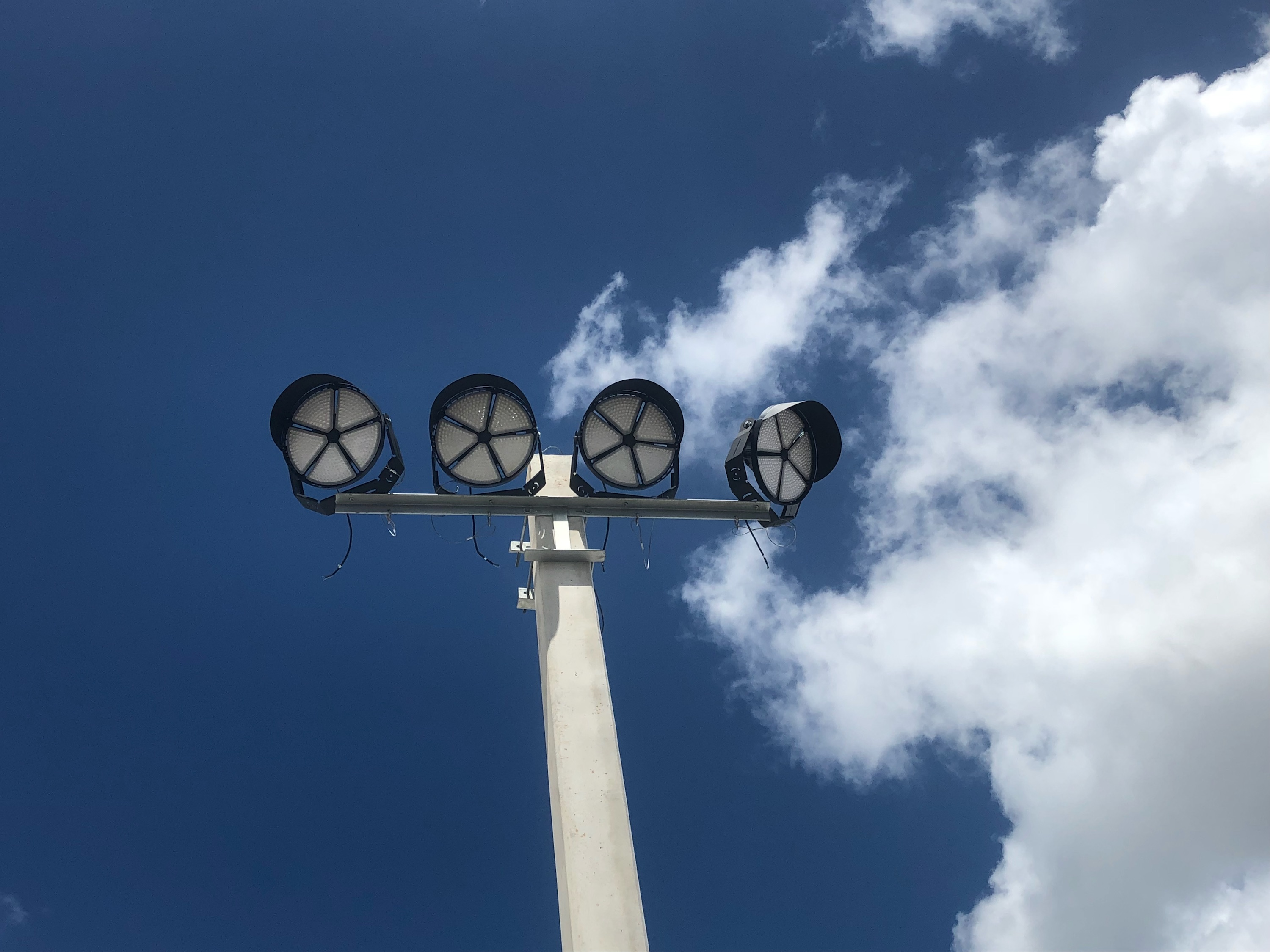 AOK OFS High mast light in Florida
